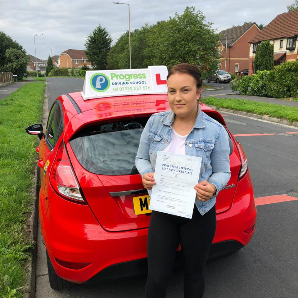 Lucy from Lowton passed her driving test first time with Progress Driving School
