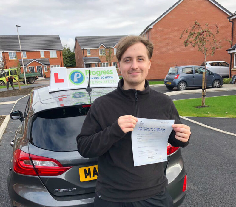 Luke passed his driving test with Progress Driving School